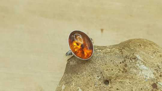 Oval Amber Ring 14x10mm