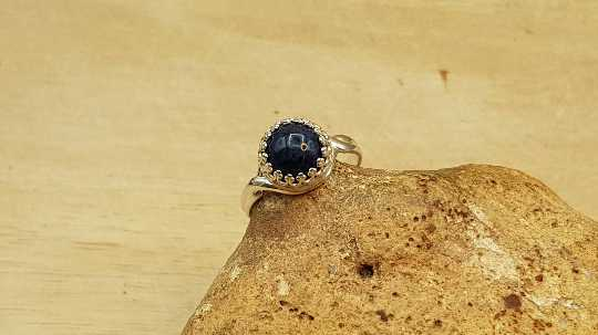 Dumortierite adjustable ring