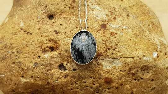 Small Snowflake Obsidian necklace