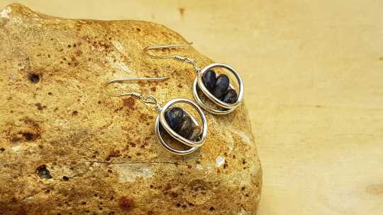 Sapphire circle Earrings