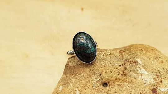 Oval Chrysocolla ring