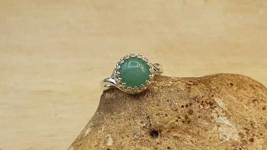 Round Green Aventurine ring