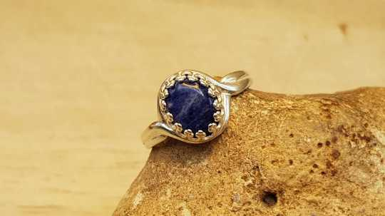 Sodalite adjustable ring 10x8mm