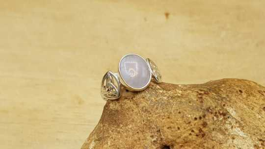 Blue lace agate Triquetra ring