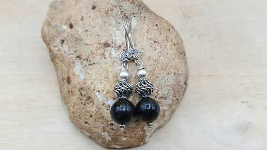 Arfvedsonite earrings